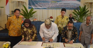 MoU with Kuningan District Goverment | STP Trisakti