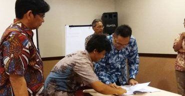 Tanda Tangan Kontrak PDITT / SPADA 2