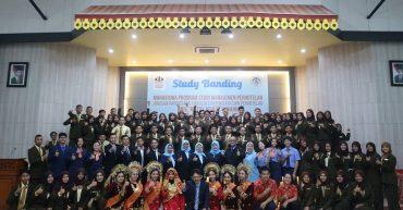 Kunjungan Studi Banding Mahasiswa Universitas Negeri Padang